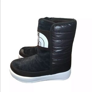 The North Face Ozone Park Winter Pull-On Boot
